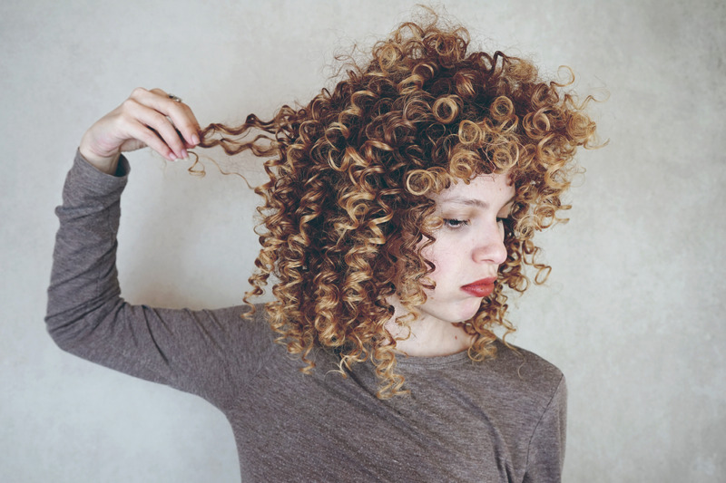 Small spiral curls hairstyle