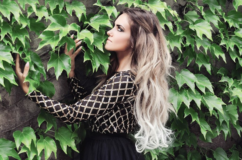 Ombre beachy waves hairstyle